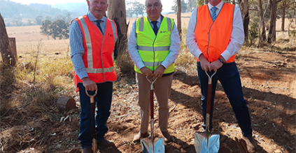 $24 MILLION MOUNT LINDESAY ROAD UPGRADE GETS UNDERWAY, Member for Lismore Thomas George, Federal Member for New England Barnaby Joyce and Mayor of Tenterfield Shire Council Peter Petty