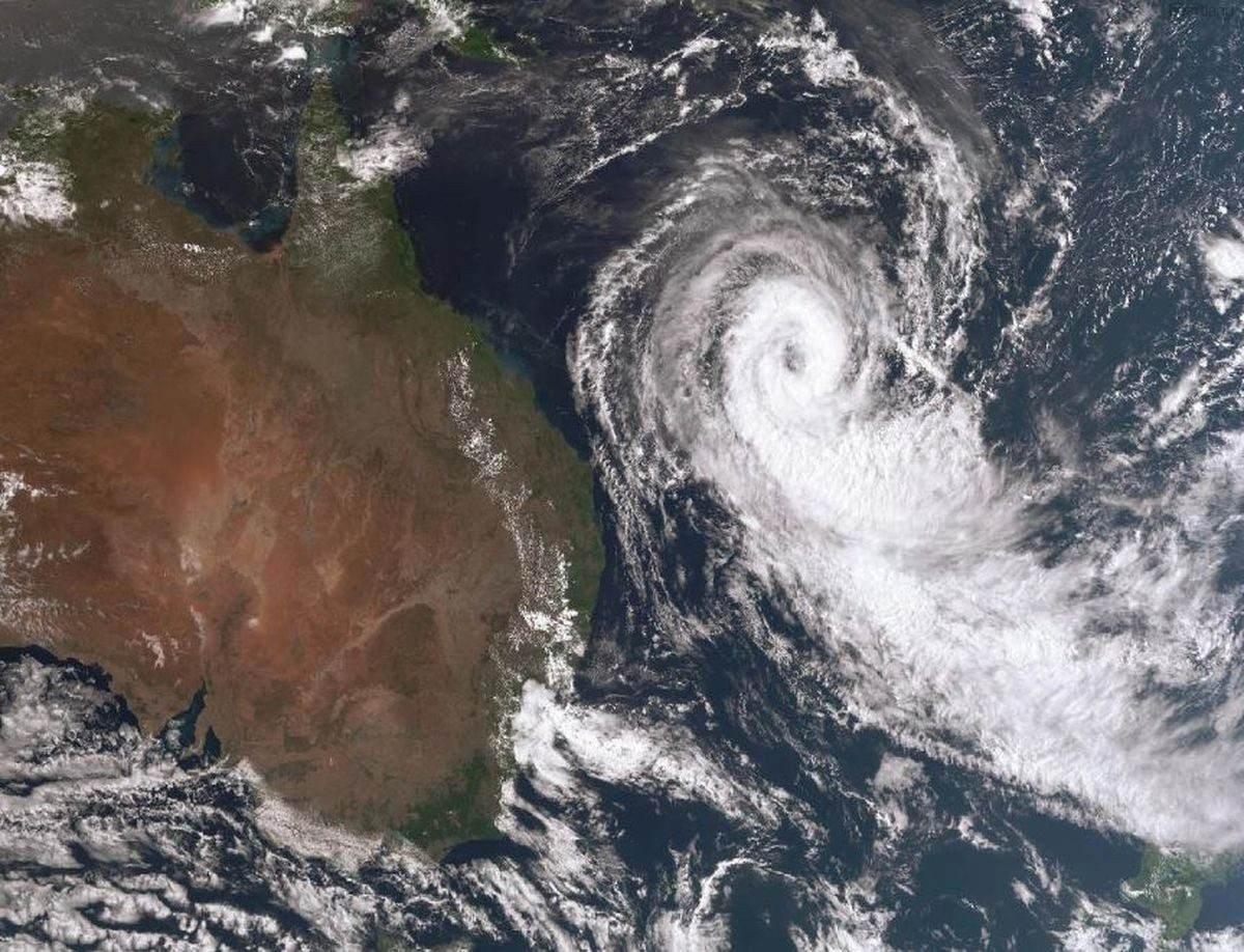 Cyclone Oma Prompts Severe Weather Warning, SES, Heartland Magazine News, Bureau of Meteorology, Tweed Heads to Yamba, Bureau of Meteorology Warnings